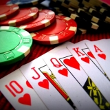 You can try yourself in poker on your hen weekend - Casino Tour