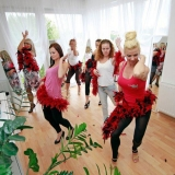 Exotic dance class a perfect warm up hen do activity before your hen party - Exotic Dance Class