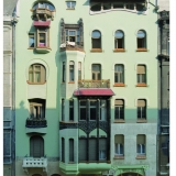 It's quite easy to run into remarkable houses on the street of Budapest just like this one - Guided City Tour